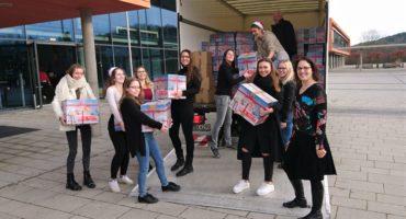 Zu Weihnachten eine gute Tat: 62 Care Pakete sind unterwegs