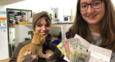Schüler*innen sammeln Spenden für Tierschutz und Wohnungslose